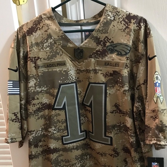 new products 19bfb 650b3 Carson Wentz - Salute to Service Jersey NWT